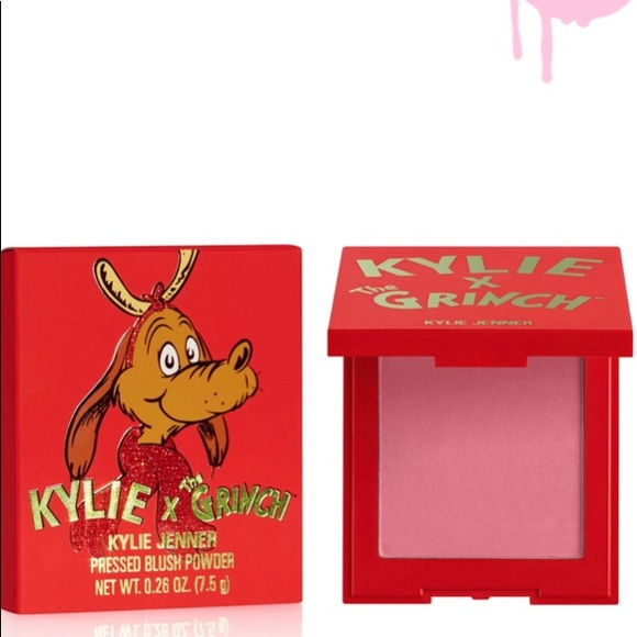 Kylie cosmetics x the grinch blush
